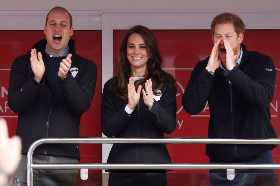 Kate Middleton, Les Princes William Et Harry Au Marathon De Londres, Dimanche 23 Avril 2017 2