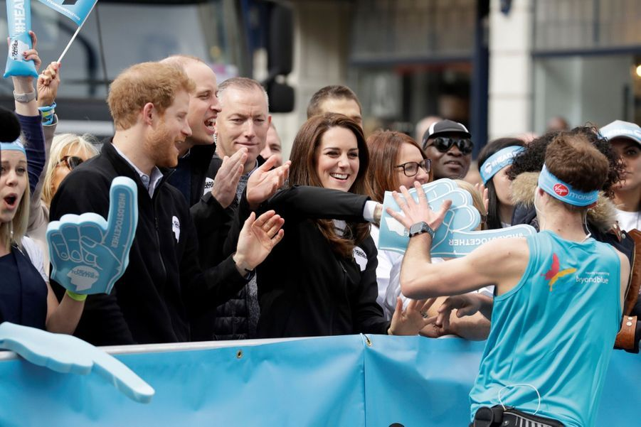 Kate Middleton, Les Princes William Et Harry Au Marathon De Londres, Dimanche 23 Avril 2017 33