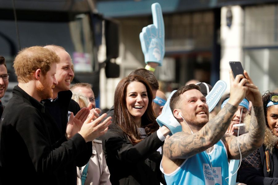 Kate Middleton, Les Princes William Et Harry Au Marathon De Londres, Dimanche 23 Avril 2017 35