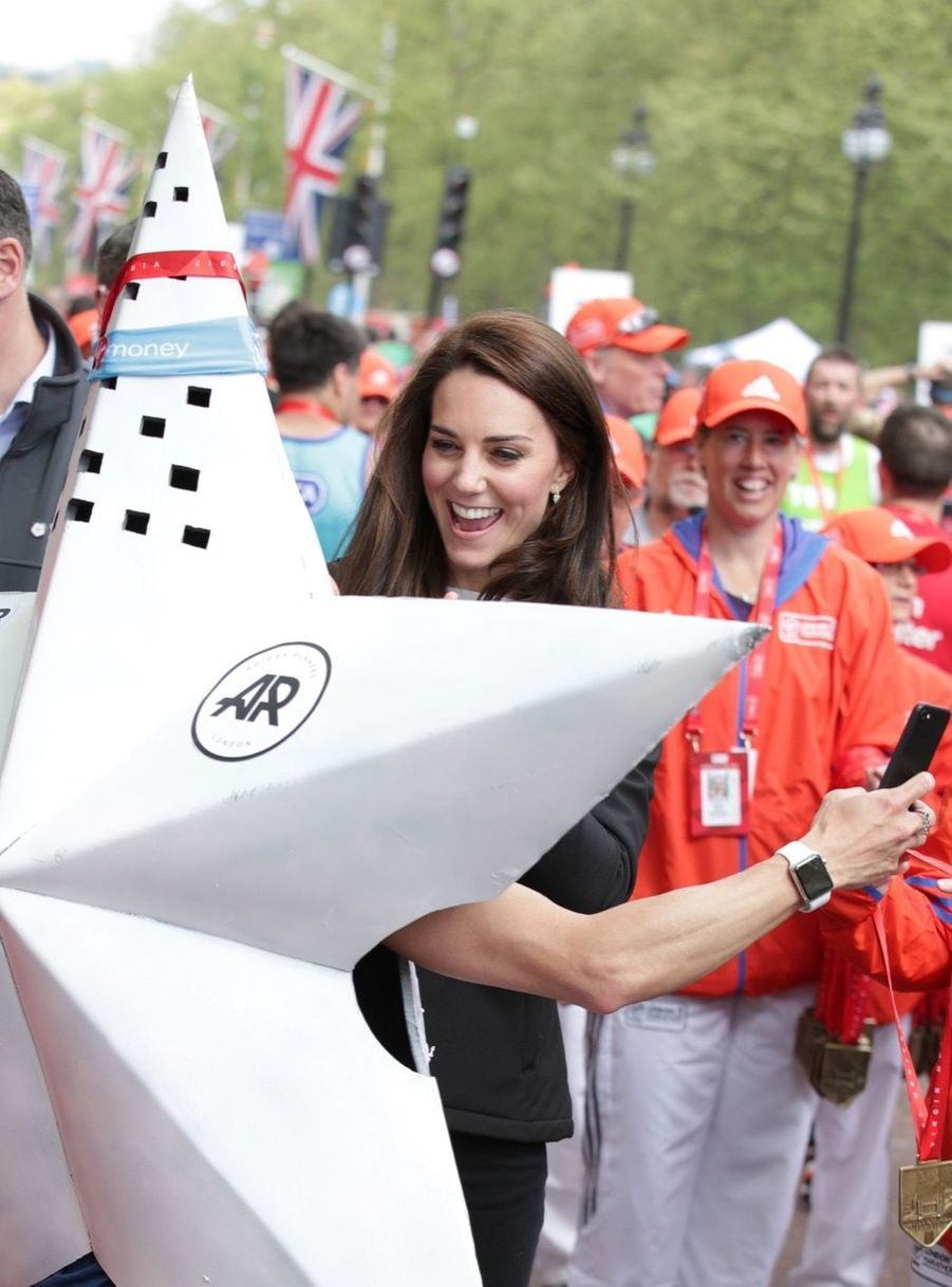 Kate Middleton, Les Princes William Et Harry Au Marathon De Londres, Dimanche 23 Avril 2017 45