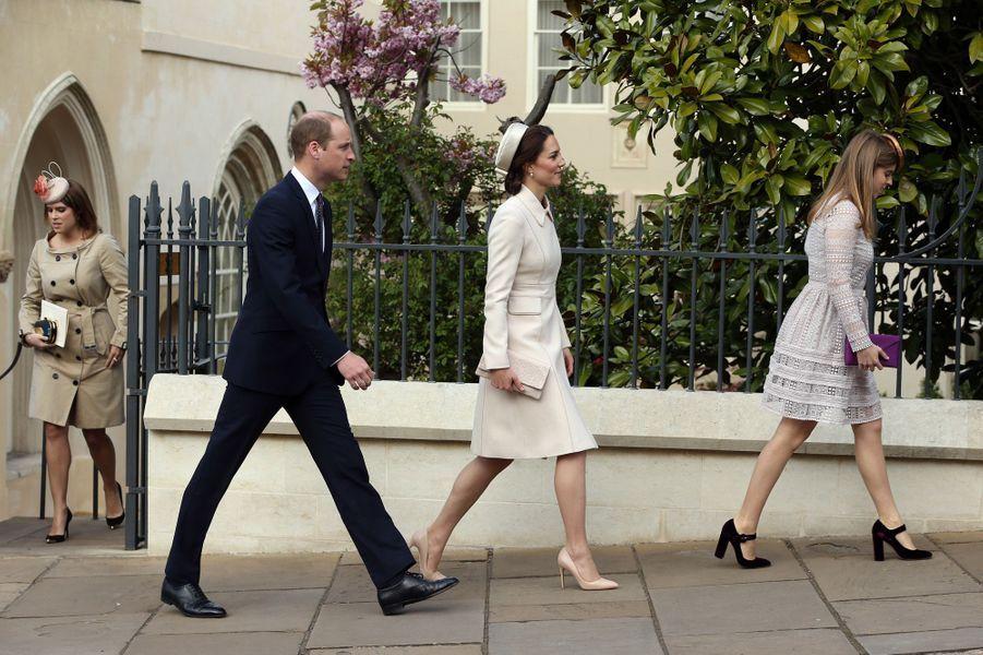 La duchesse de Cambridge, née Kate Middleton, et le prince William à Windsor, le 16 avril 2017.