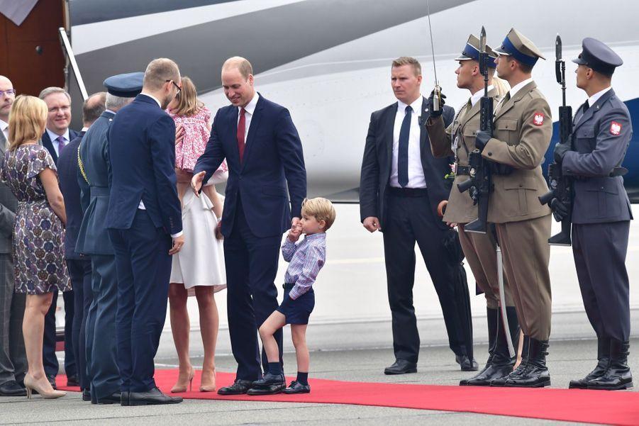 Kate, William, George Et Charlotte Sont En Pologne 28