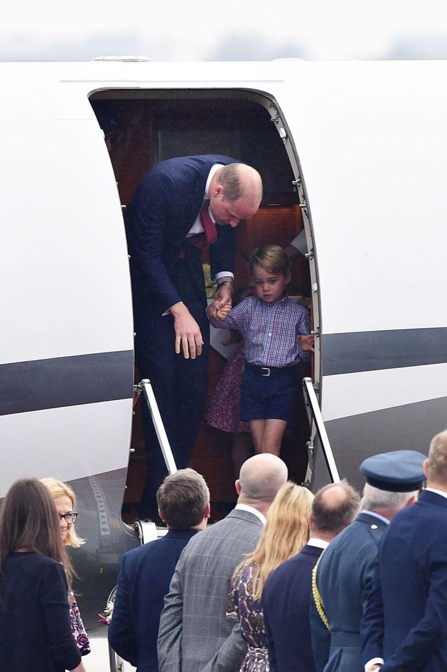 Kate, William, George Et Charlotte Sont En Pologne 3
