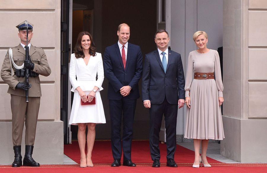 Kate, William, George Et Charlotte Sont En Pologne 40