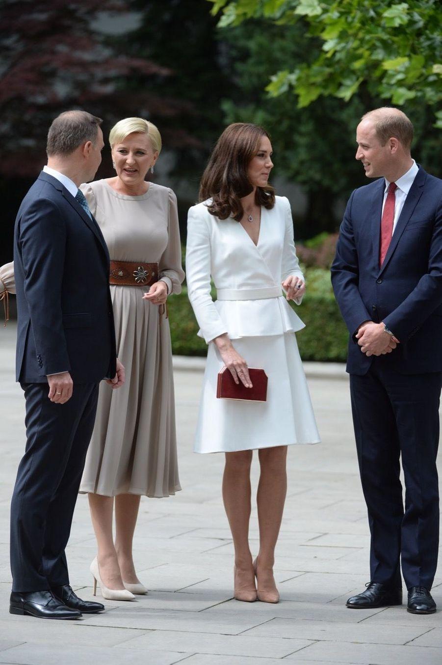 Kate, William, George Et Charlotte Sont En Pologne 41