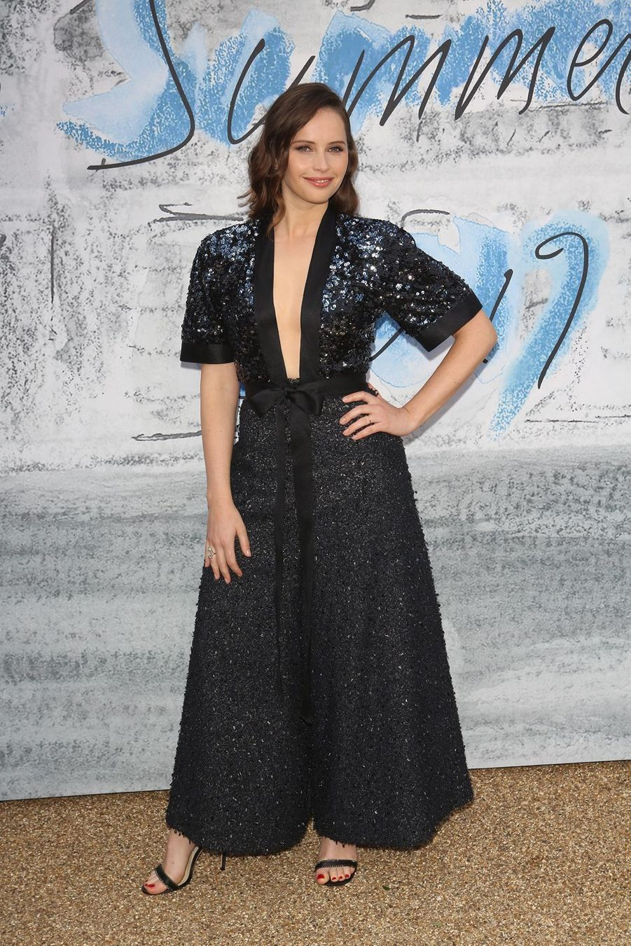 Felicity Jones à la Serpentine Summer Party à Londres le 25 juin 2019