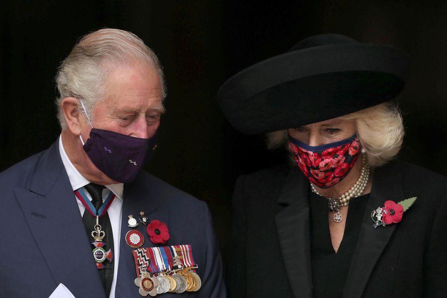 La duchesse de Cornouailles Camilla et le prince Charles à Londres, le 11 novembre 2020