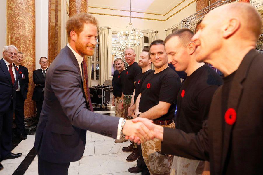 Le prince Harry à la Maison du Canada à Londres, le 11 novembre 2015