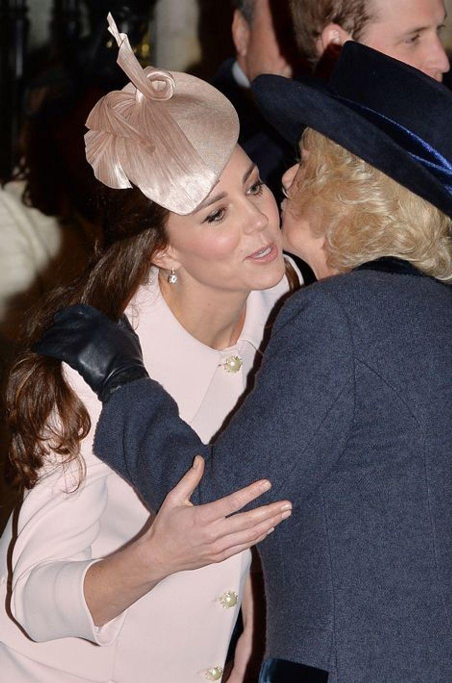 Kate et Camilla Parker-Bowles à l'abbaye de Westminster à Londres, le 9 mars 2015