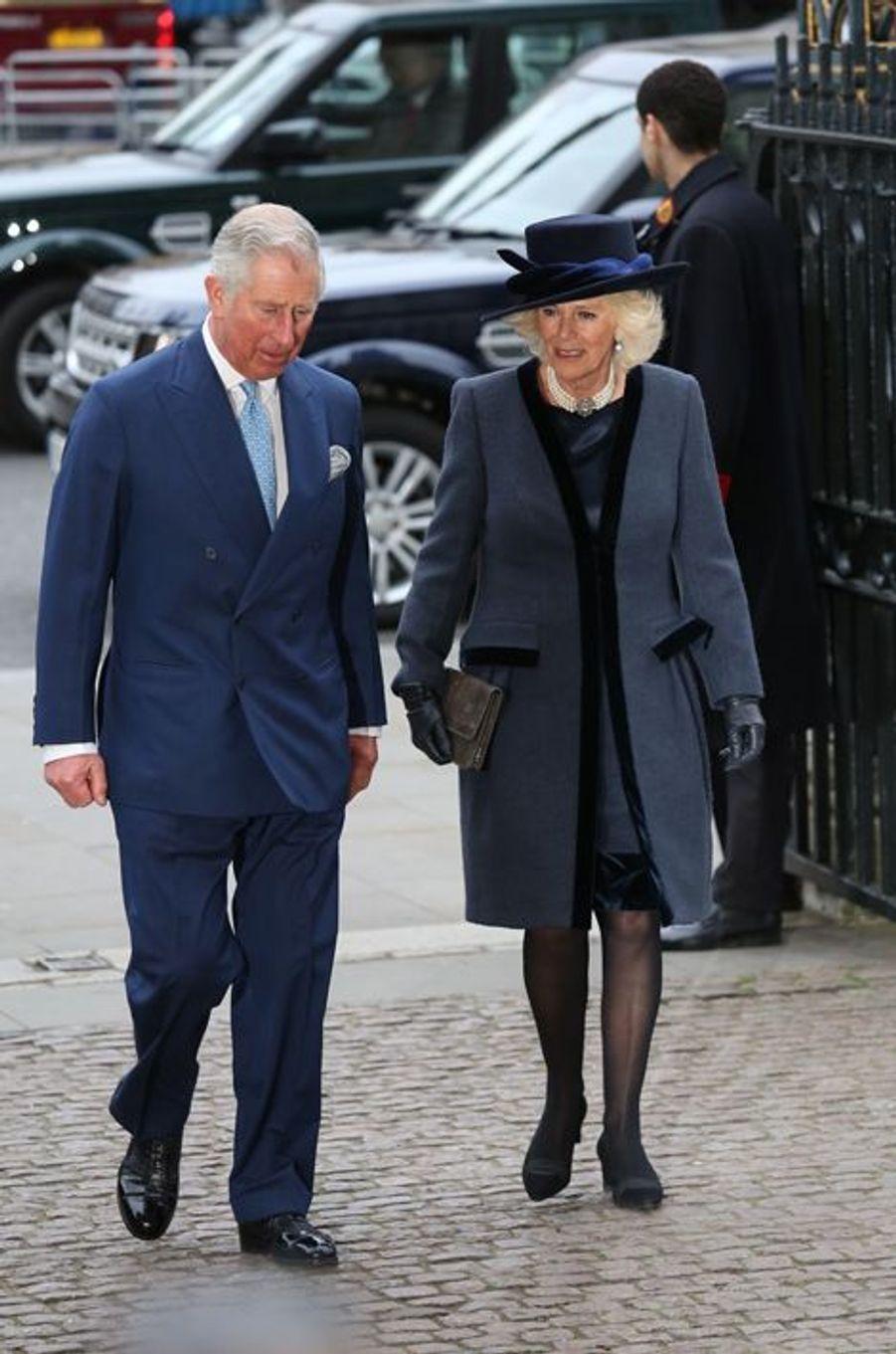 Le prince Charles er Camilla arrivent à l'abbaye de Westminster à Londres pour le Commonwealth Observance service, le 9 mars 2015
