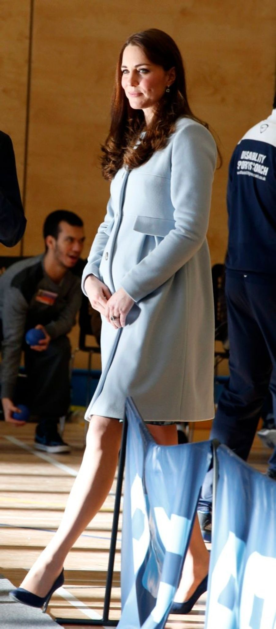 59 La Duchesse De Cambridge, Née Kate Middleton, En Visite À Kensington