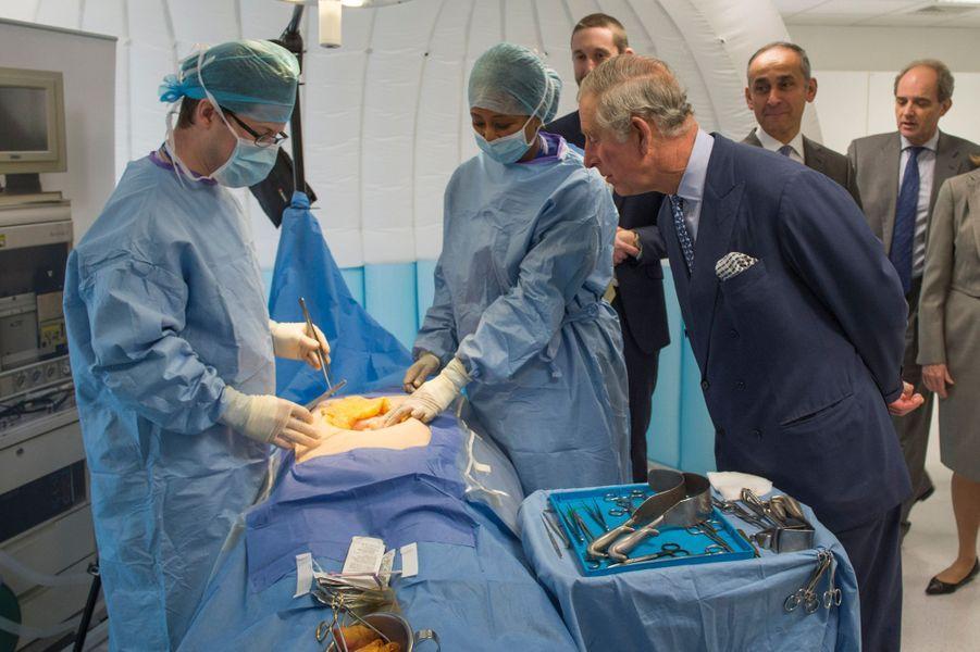 Le prince Charles à St Mary Hospital à Londres, le 28 janvier 2015