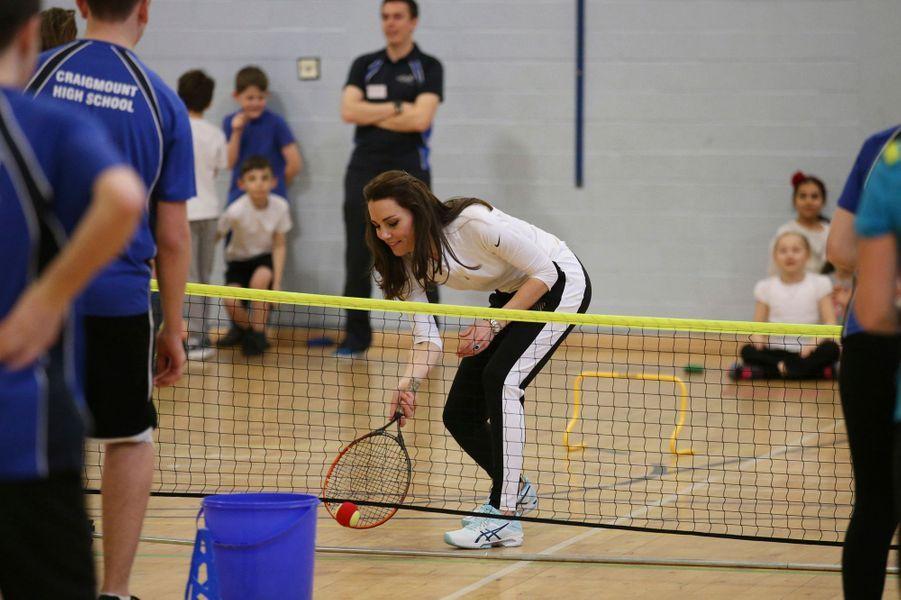 La duchesse Catherine de Cambrige lors de l'atelier tennis de Judy Murray à Edimbourg, le 24 février 2016