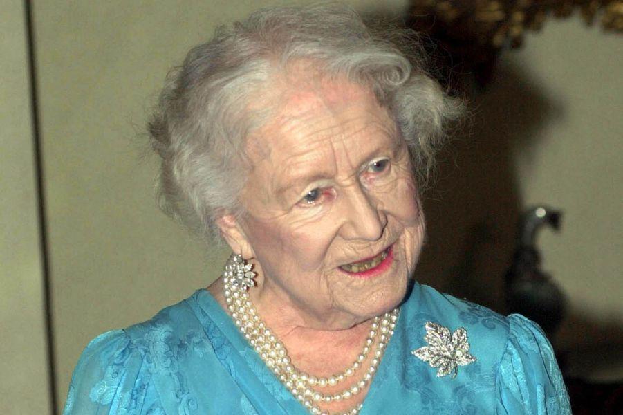 La Queen Mum, mère d'Elizabeth II, le 31 octobre 2000