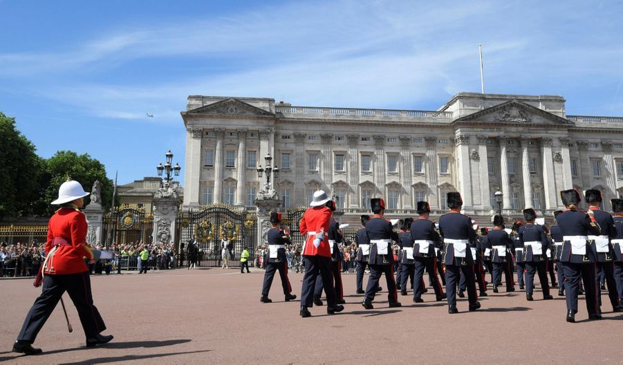 La Capitaine De La Garde De La Reine Elizabeth II, Megan Couto 6