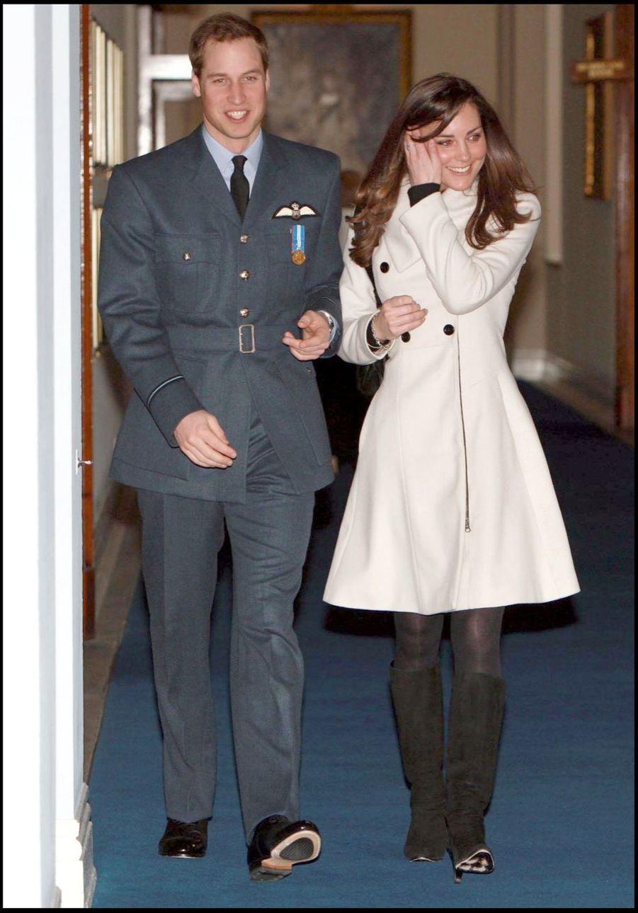 KATE MIDDLETON ET LE PRINCE WILLIAM AU 90EME ANNIVERSAIRE DE LA ROYAL AIR FORCE, EN AOUT 2008