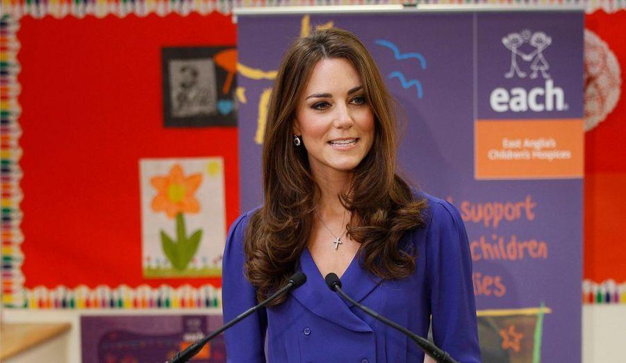 Pour la première fois, la duchesse de Cambridge a prononcé un discours en public dans le cadre d'un engagement officiel. C'était le lundi 19 mars, à la Treehouse, à Ipswich, un centre de soins pédiatriques pour enfants soutenu par sa fondation caritative.