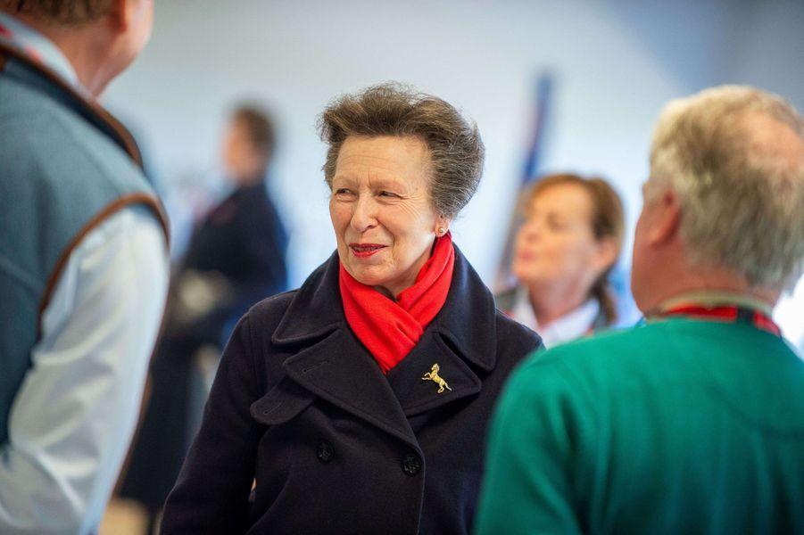 La princesse Anne à Addington dans le Buckinghamhire, le 16 mars 2020