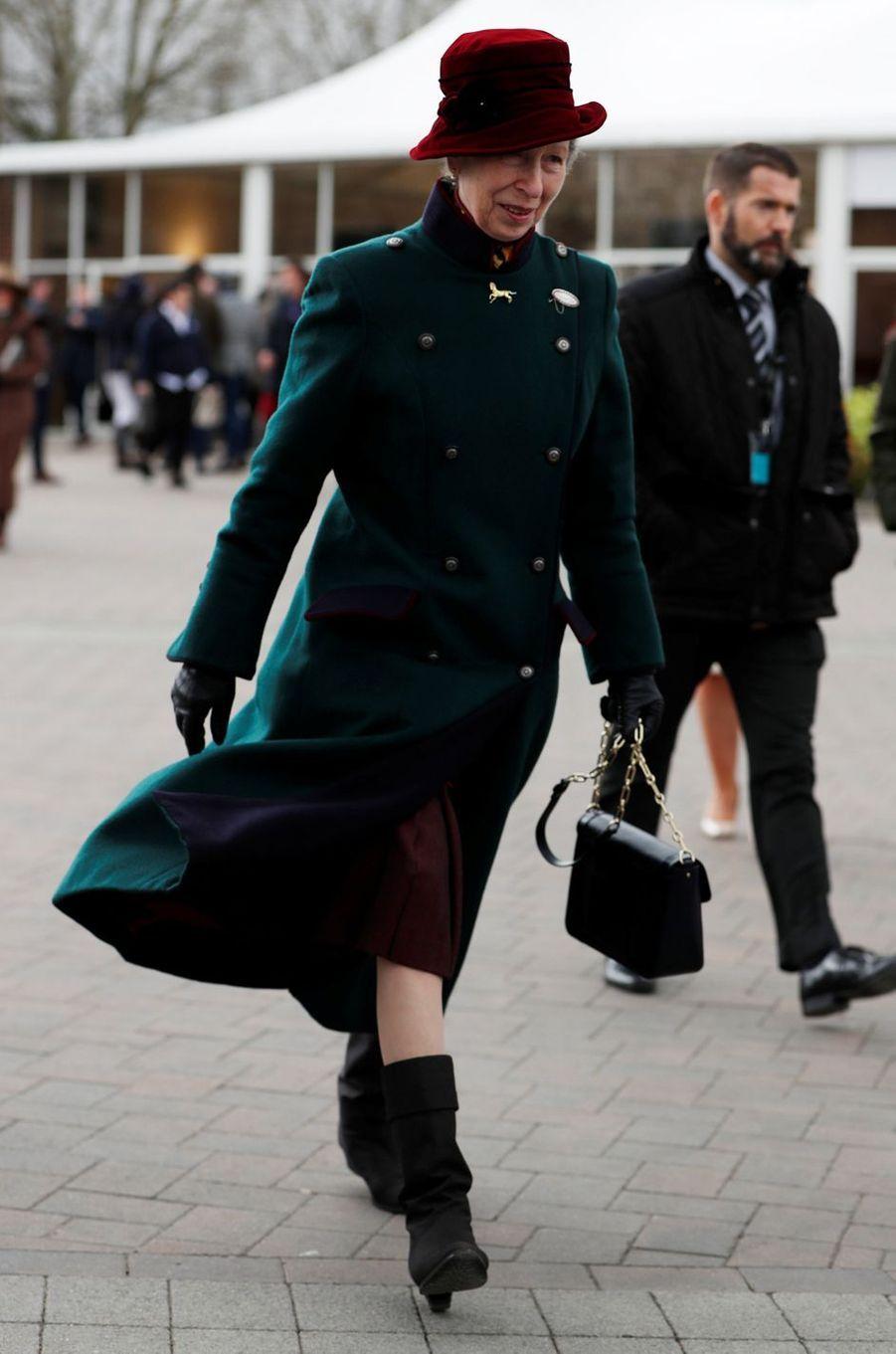 La princesse Anne au Cheltenham Festival, le 13 mars 2019