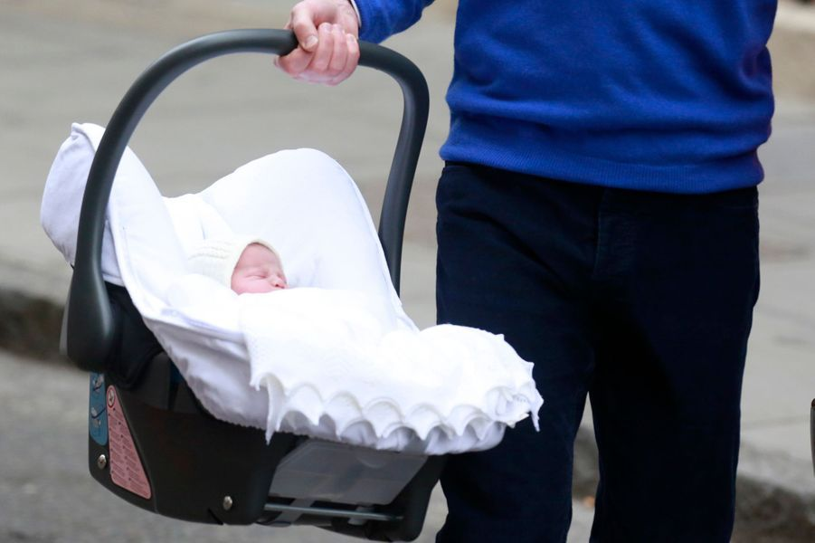 La princesse Charlotte le jour de sa naissance, 2 mai 2015