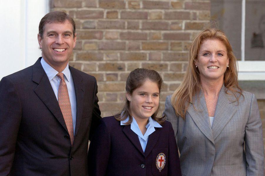 La princesse Eugenie d'York avec ses parents, le 6 septembre 2001