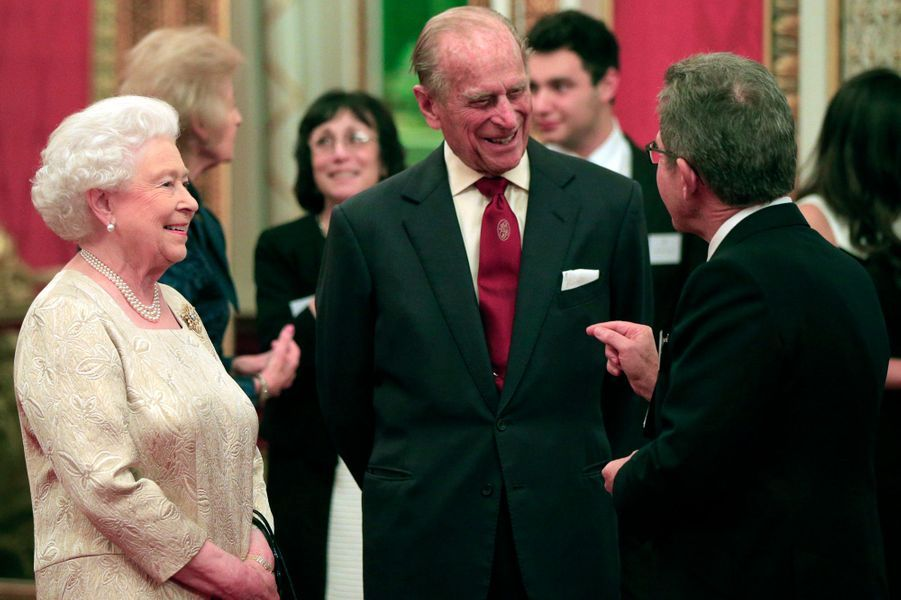 La reine Elizabeth II et le prince Philip à Buckingham Palace, le 26 octobre 2015