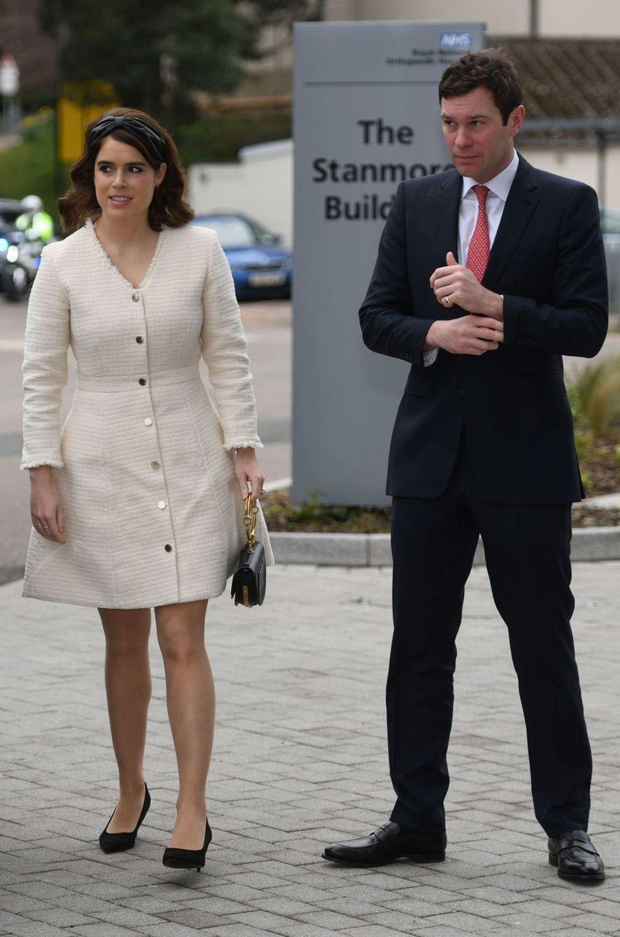 La princesse Eugenie d'York avec son mari Jack Brooksbank à Londres, le 21 mars 2019
