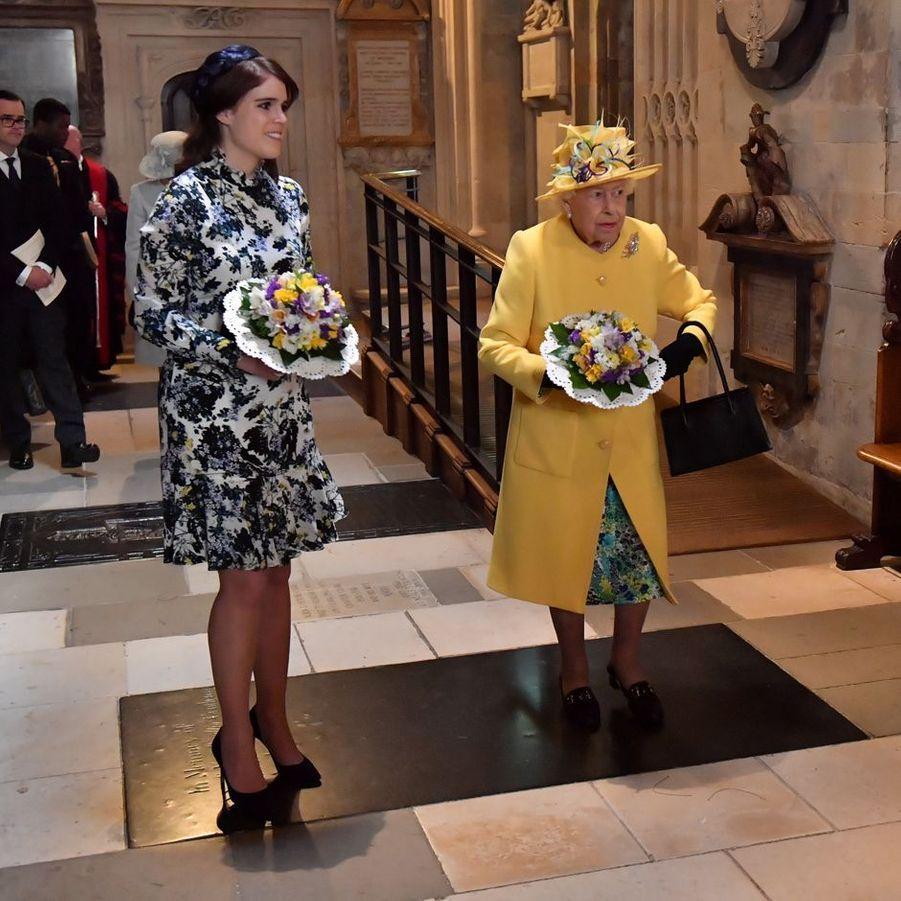 La princesse Eugenie d'York et la reine Elizabeth II dans la chapelle St George à Windsor, le 18 avril 2019