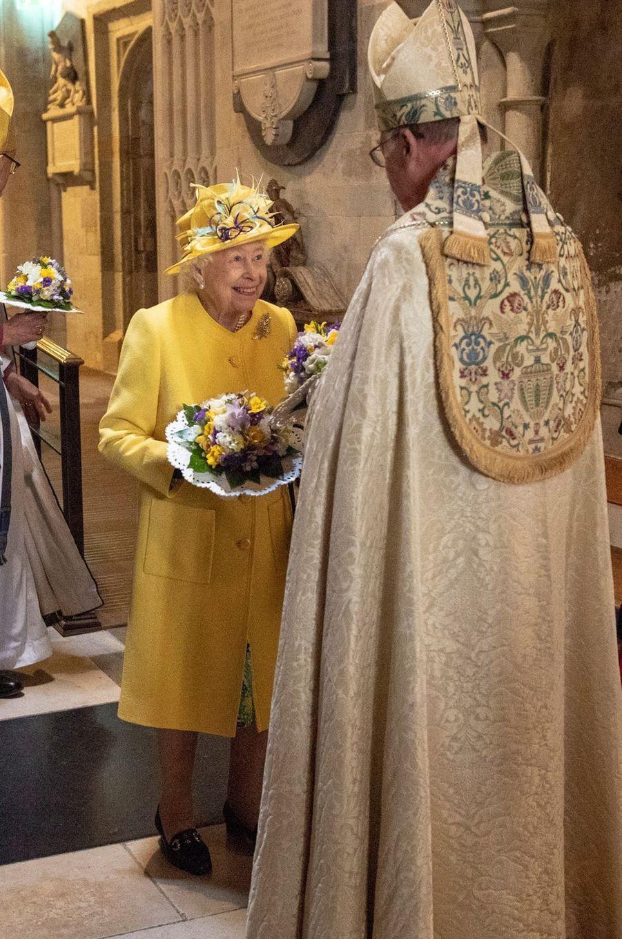 La reine Elizabeth II dans la chapelle St George à Windsor, le 18 avril 2019