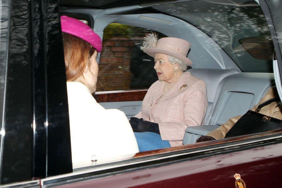 La princesse Eugenie d'York et la reine Elizabeth II à Sandringham, le 24 janvier 2016