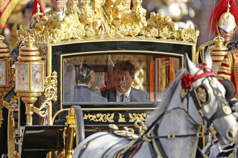 Elizabeth II accueille Xi Jinping