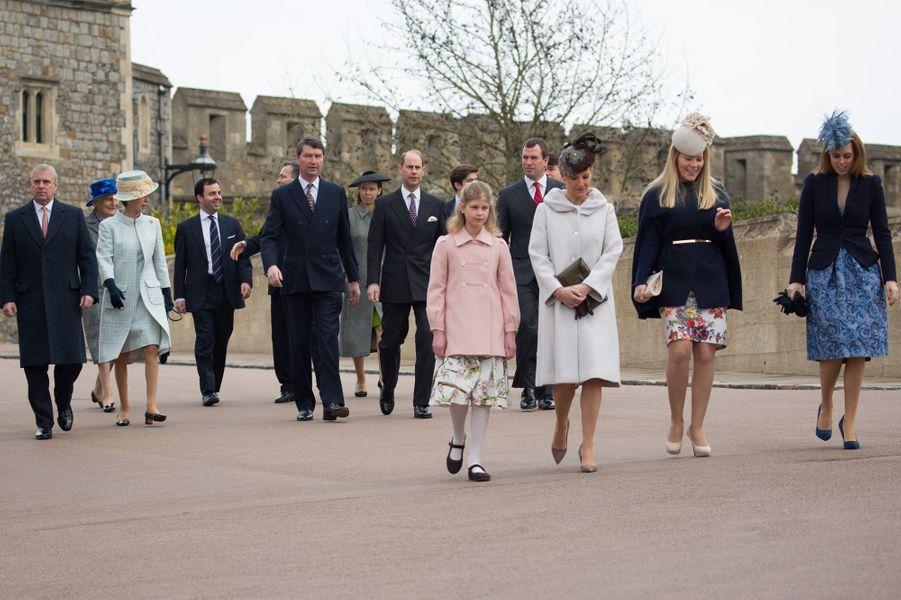La famille royale à Windsor, le 5 avril 2015