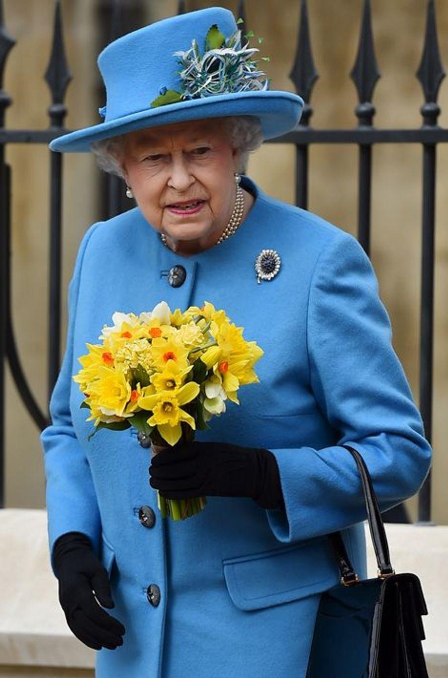 La reine Elizabeth II à Windsor, le 5 avril 2015
