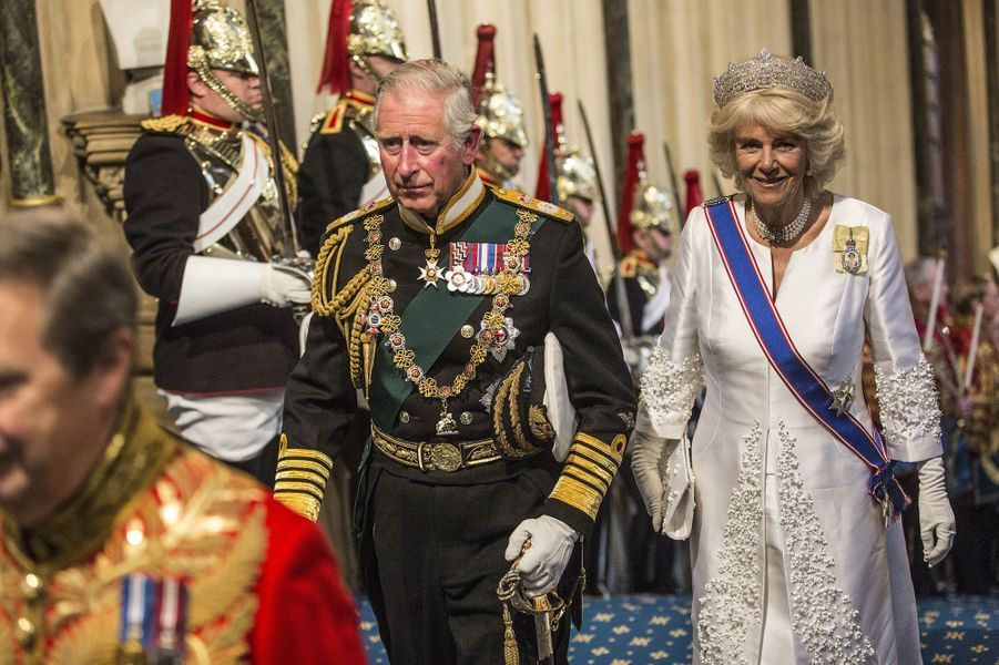 Elizabeth II couronne l'année politique