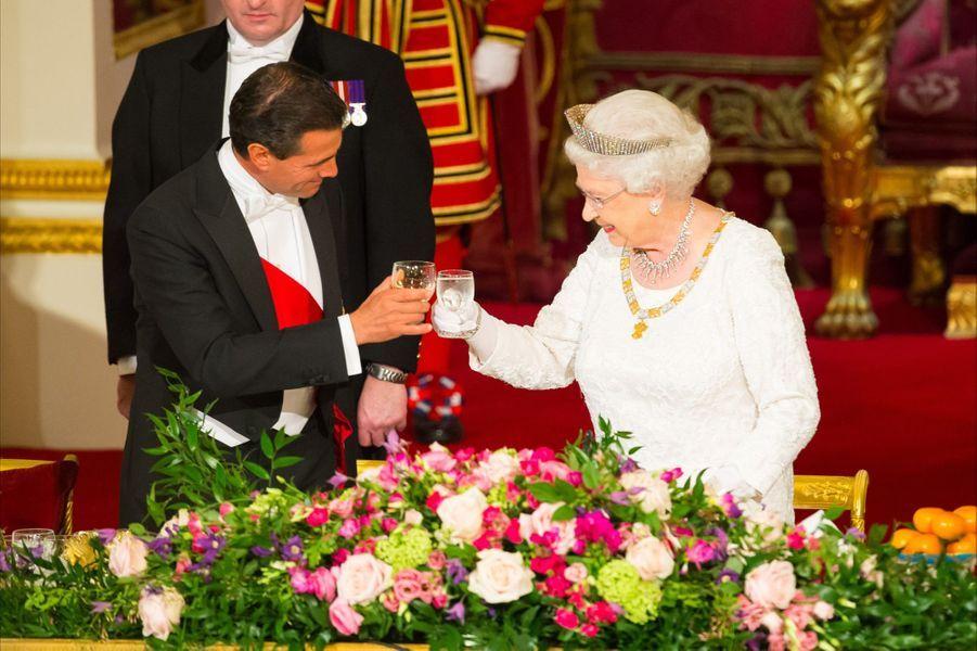 Diner d'État à Buckingham, le 3 mars.