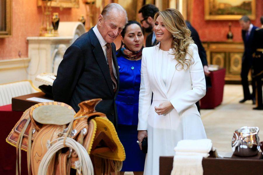 Le duc d'Edimbourg avec Angelica Rivera à Londres, le 3 mars 2015