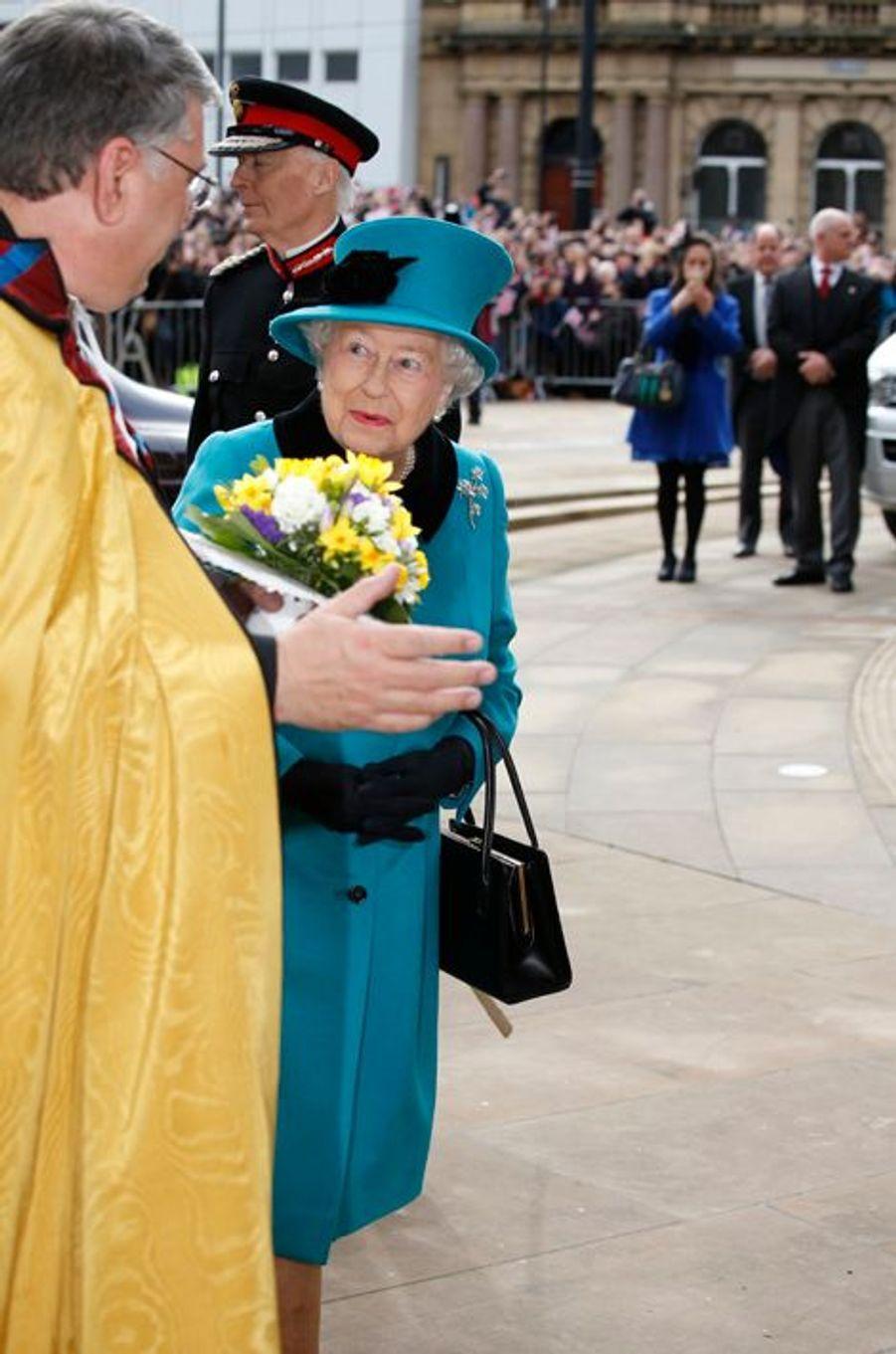 La reine Elizabeth II au Maundy Service du Jeudi Saint à Sheffield, le 2 avril 2015