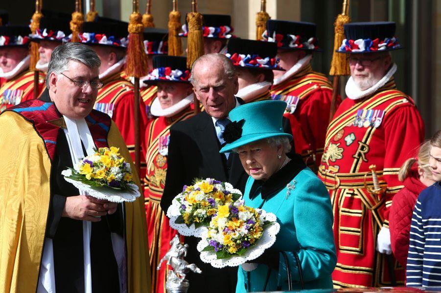 La reine Elizabeth II et Philip Mountbatten au Maundy Service du Jeudi Saint à Sheffield, le 2 avril 2015