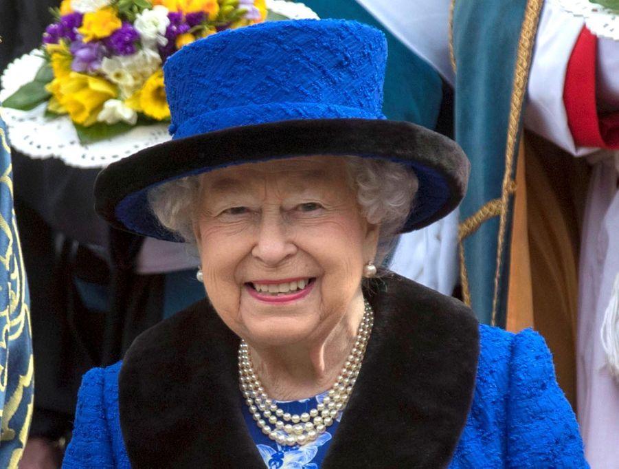 La Reine D'Angleterre Au Maundy Service À Windsor 13