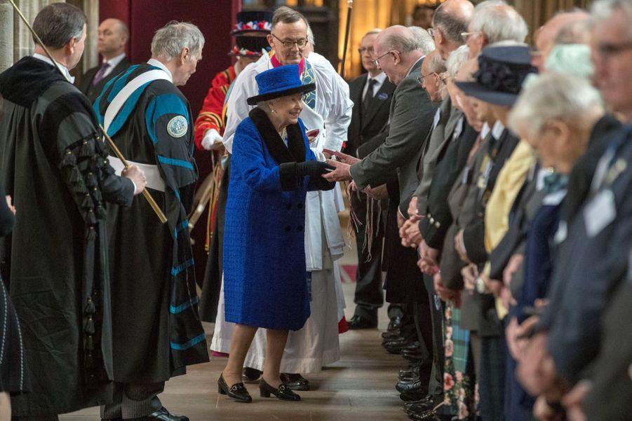 La Reine D'Angleterre Au Maundy Service À Windsor 16