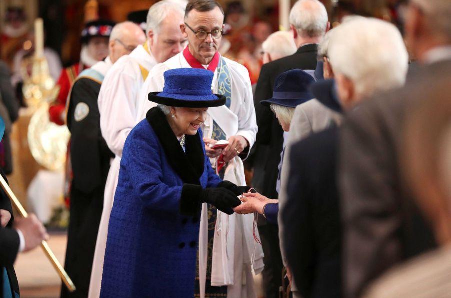 La Reine D'Angleterre Au Maundy Service À Windsor 2