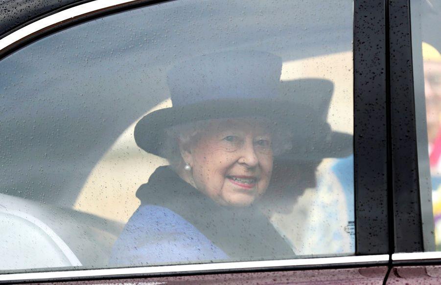 La Reine D'Angleterre Au Maundy Service À Windsor 5