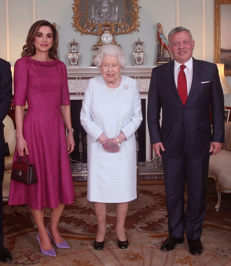 La reine Elizabeth II avec la reine Rania et le roi Abdallah II de Jordanie à Londres, le 28 février 2019