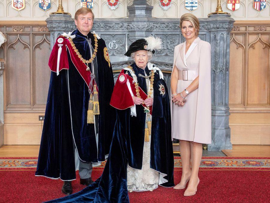 La reine Elizabeth II avec la reine Maxima et le roi Willem-Alexander des Pays-Bas à Windsor, le 17 juin 2019