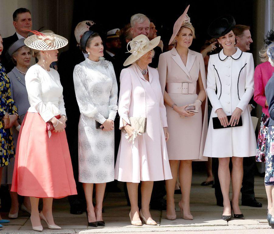 Les reines Letizia d'Espagne et Maxima des Pays-Bas avec la comtesse Sophie de Wessex, la duchesse de Cornouailles Camilla et la duchesse Catherine de Cambridge à Windsor, le 17 juin 2019