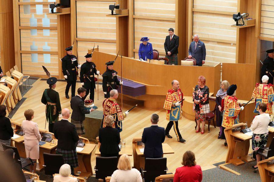 La reine Elizabeth II avec le prince Charles à Edimbourg, le 29 juin 2019