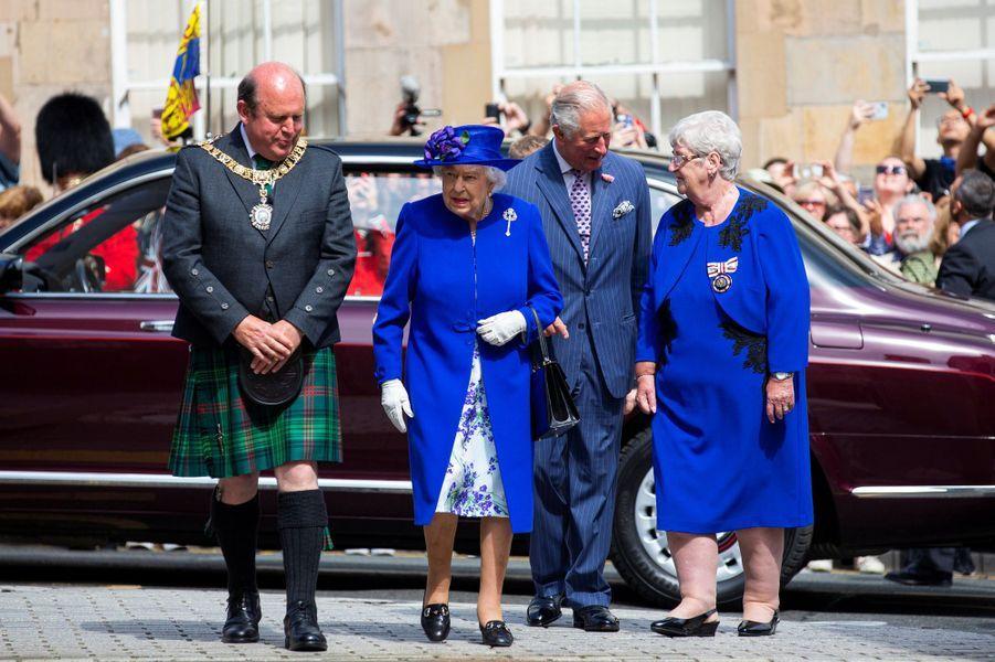 La reine Elizabeth II et le prince Charles à Edimbourg, le 29 juin 2019