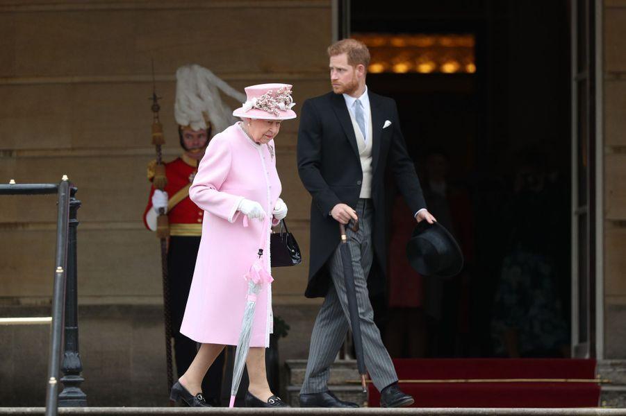 La reine Elizabeth II avec le prince Harry à Londres, le 29 mai 2019