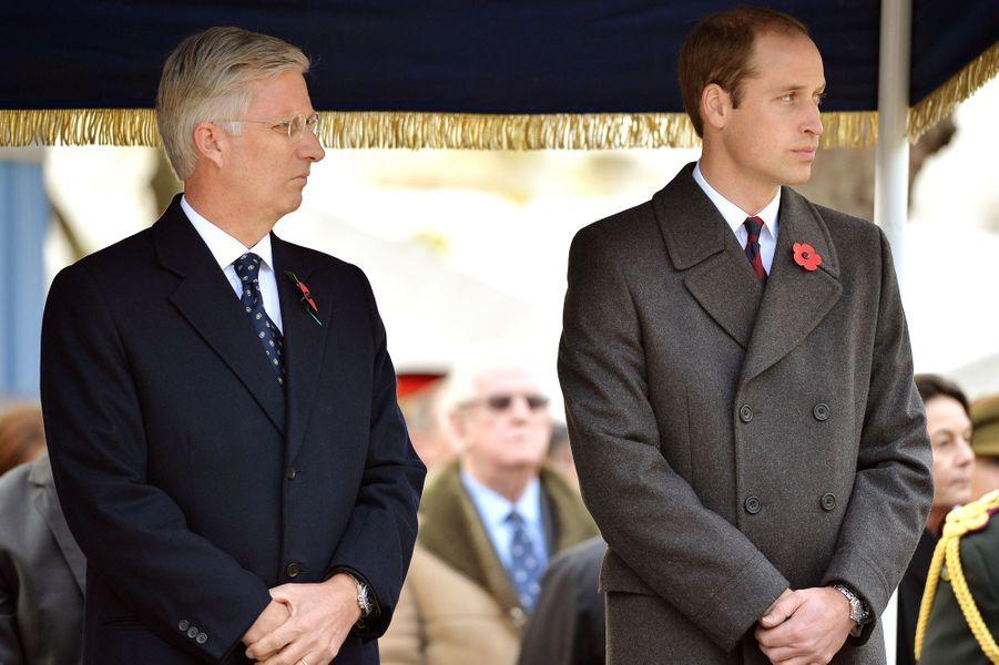 Le roi Philippe de Belgique et le prince William à l'inauguration du Flanders Fields Memorial Garden à Londres, le 6 novembre 2014