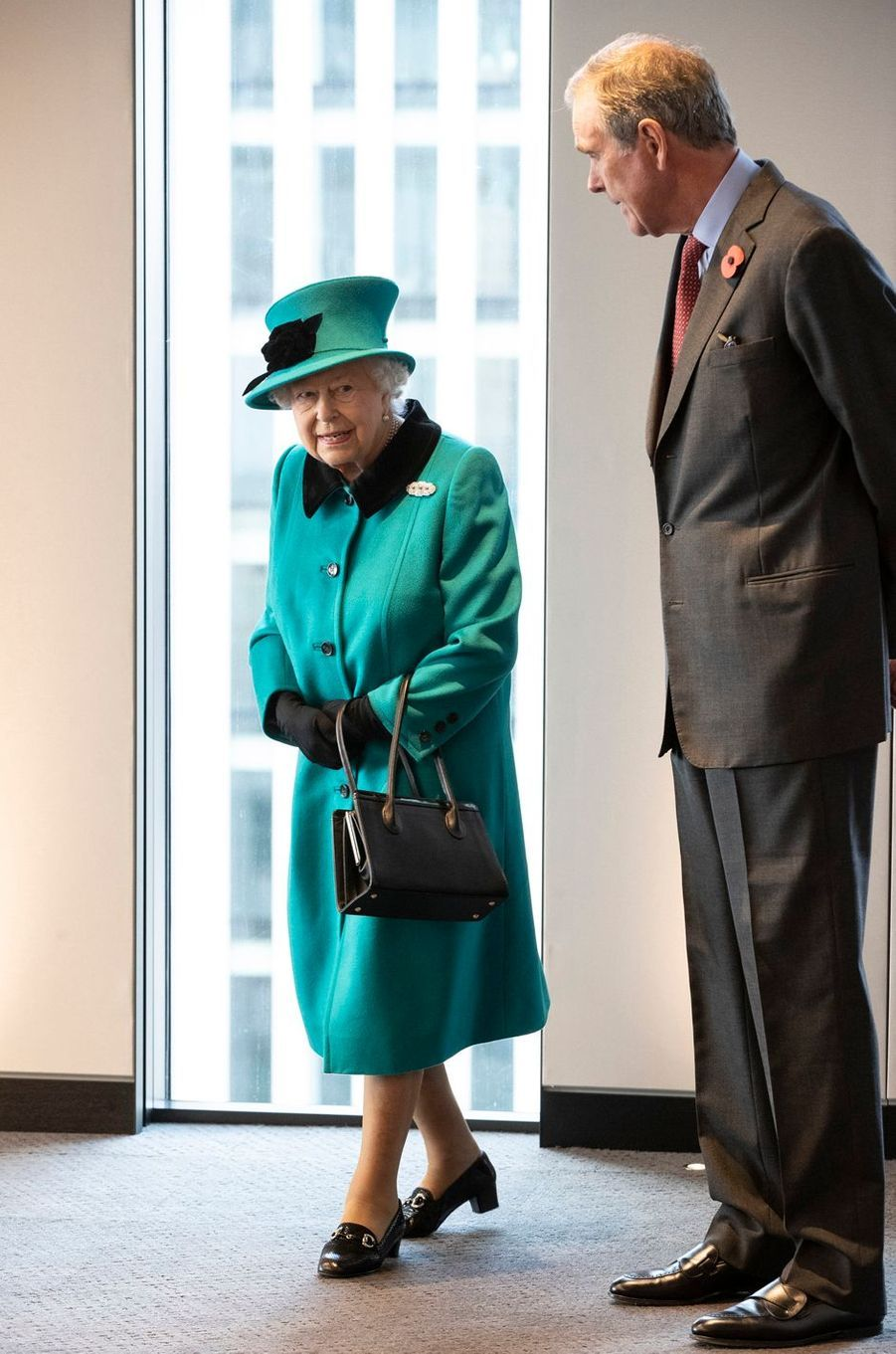 La reine Elizabeth II au siège de Schroders à Londres, le 7 novembre 2018